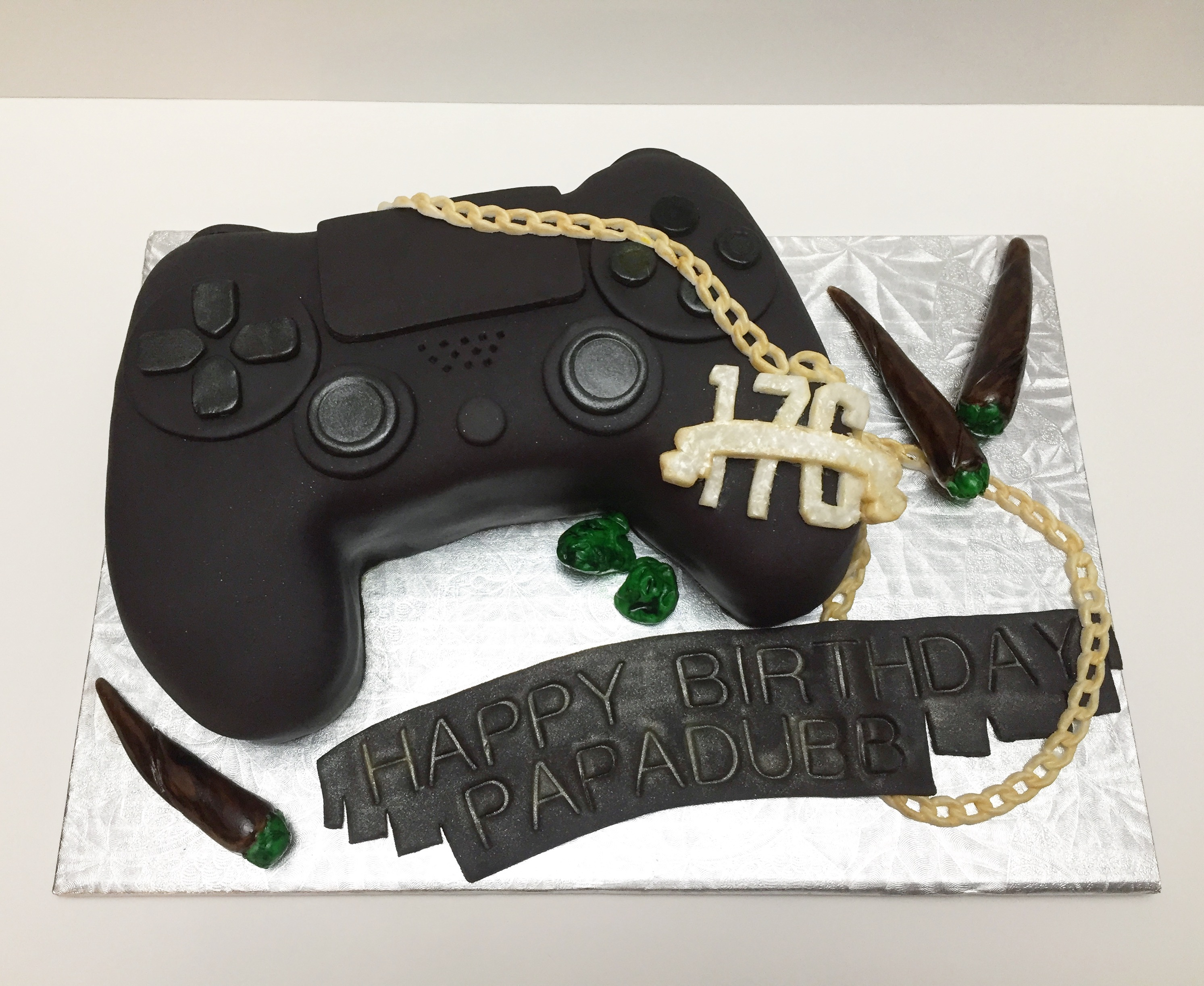 PS4 Controller Cake Delicacy Bakery